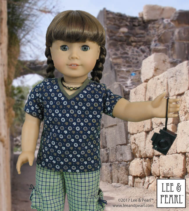 Lee & Pearl Pattern 1001: Unisex T-Shirts for 18 inch dolls, like our American Girl doll.