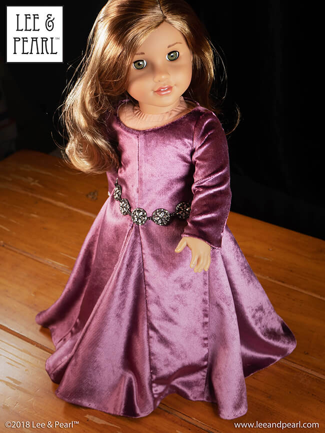 We made our American Girl doll this gorgeous historical gown using a washable cotton velvet from our MYSTERY BAG SALE — and Lee & Pearl Pattern 3001: A Late Medieval Lady's Wardrobe for 18 Inch Dolls. Find this pattern in the Lee & Pearl Etsy store at https://www.etsy.com/listing/210801214/lp-pattern-3001-a-late-medieval-ladys